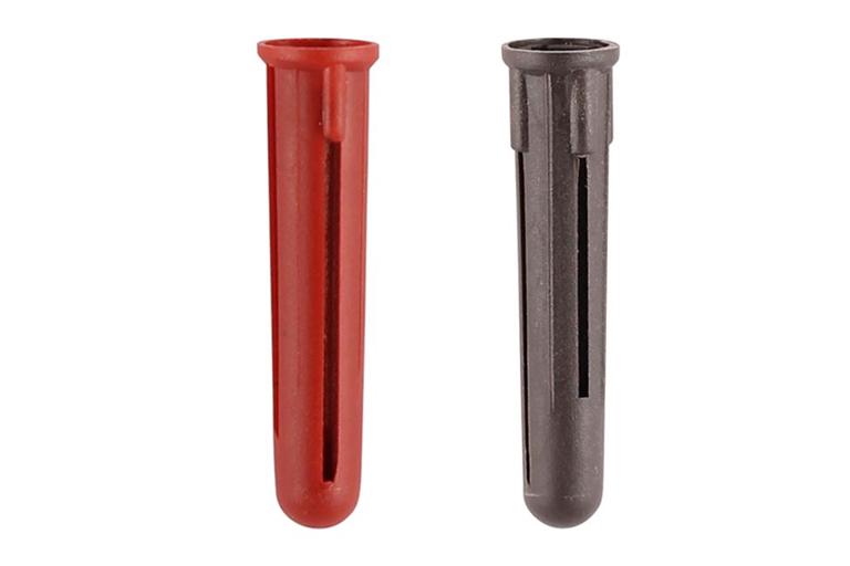 plastic-plugs
