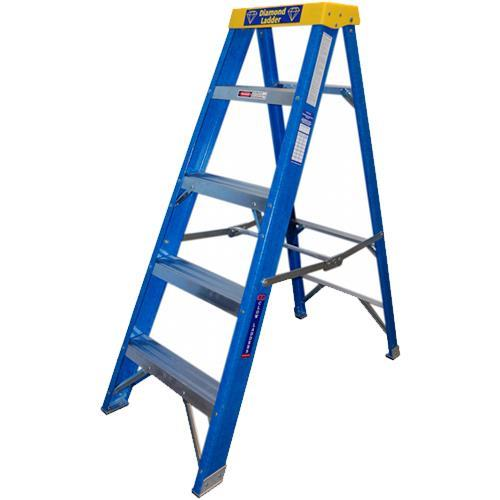 Clow Fibreglass Ladders 4-tread 1m