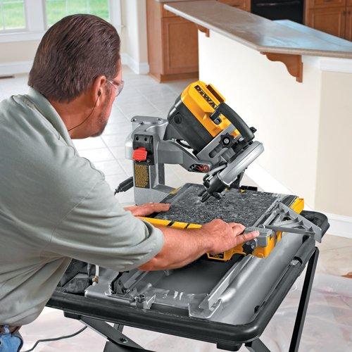 DeWalt D24000 Sliding Table Wet Tile Saw 250mm