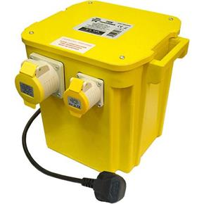 Faithfull 110v 5.0kVA Transformer (2x 16A & 1x 32A) with Plug