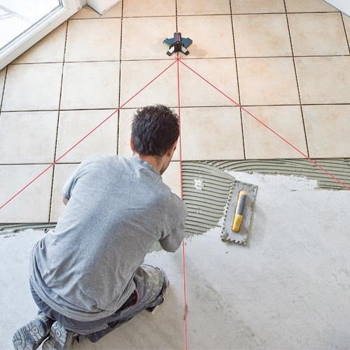 Bosch GTL3 3-Line Wall and Floor Tile Laser ... 38fe55e0396