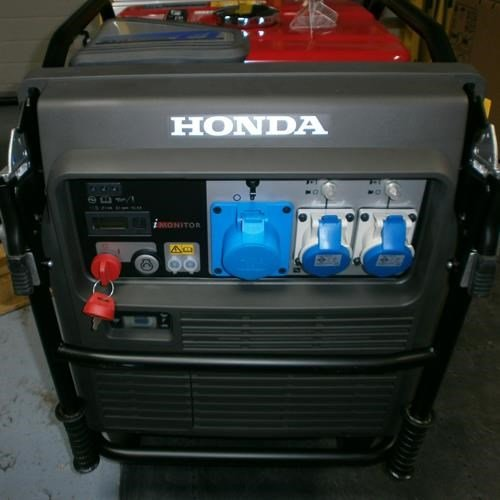 Honda EU70iS Super-silent Inverter Generator
