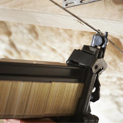Paslode IM200-S16 16g Stapler (2x NiMH Batteries)