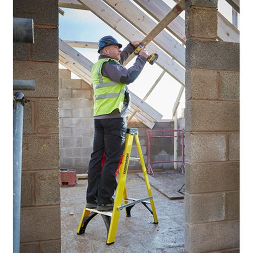 Youngman 4-Tread Fibreglass Ladders